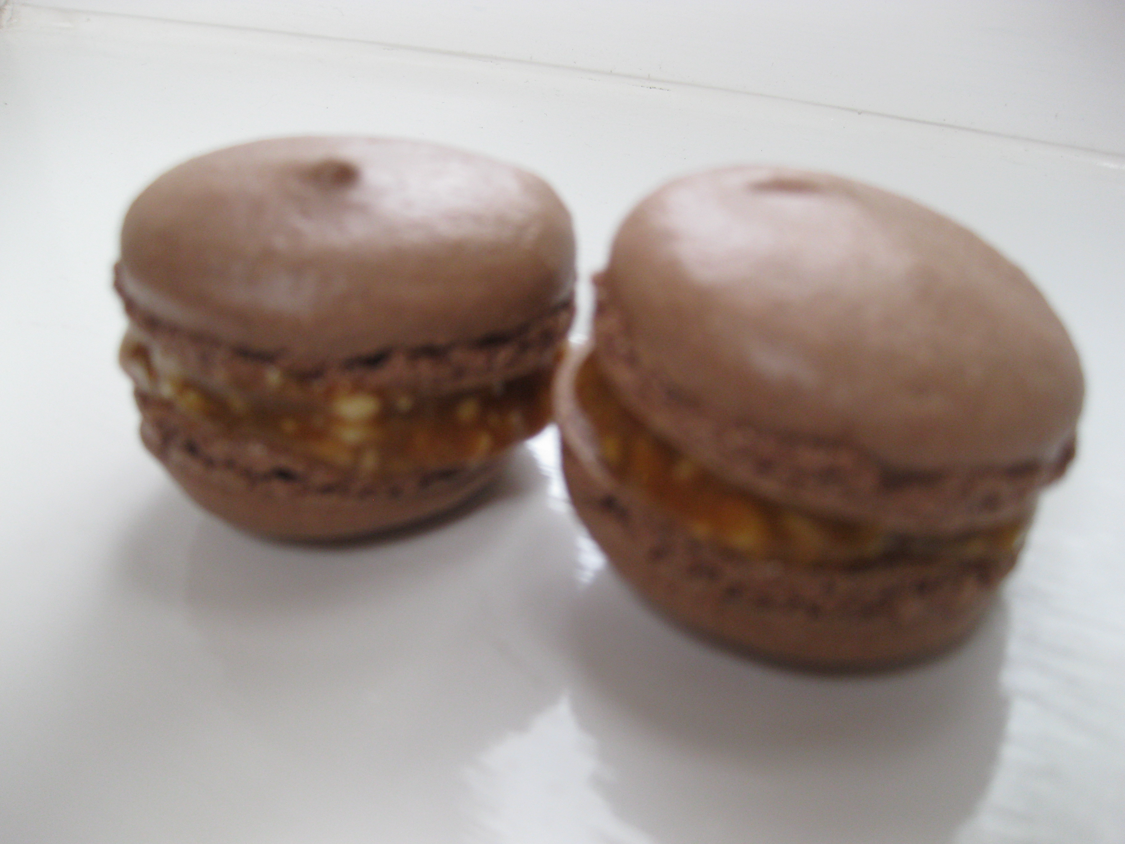 delicious_snickers_macarons