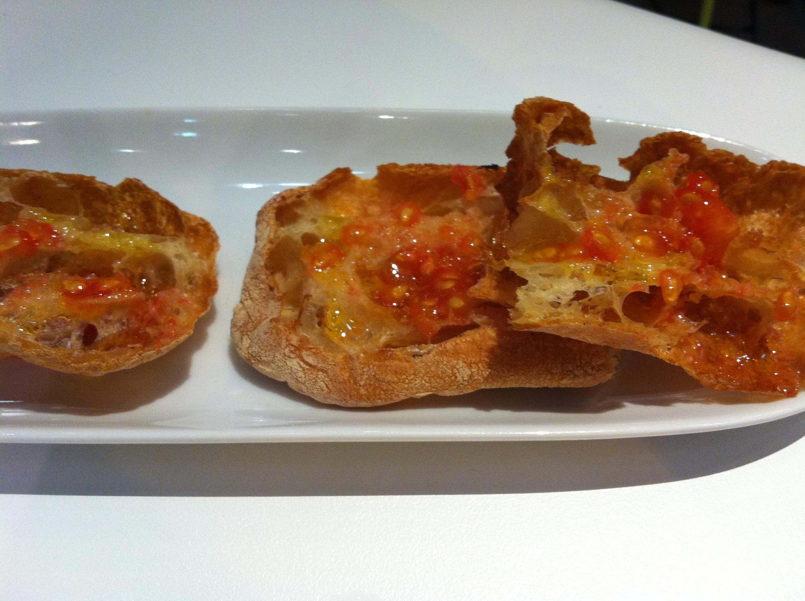 crystal_bread_tomato