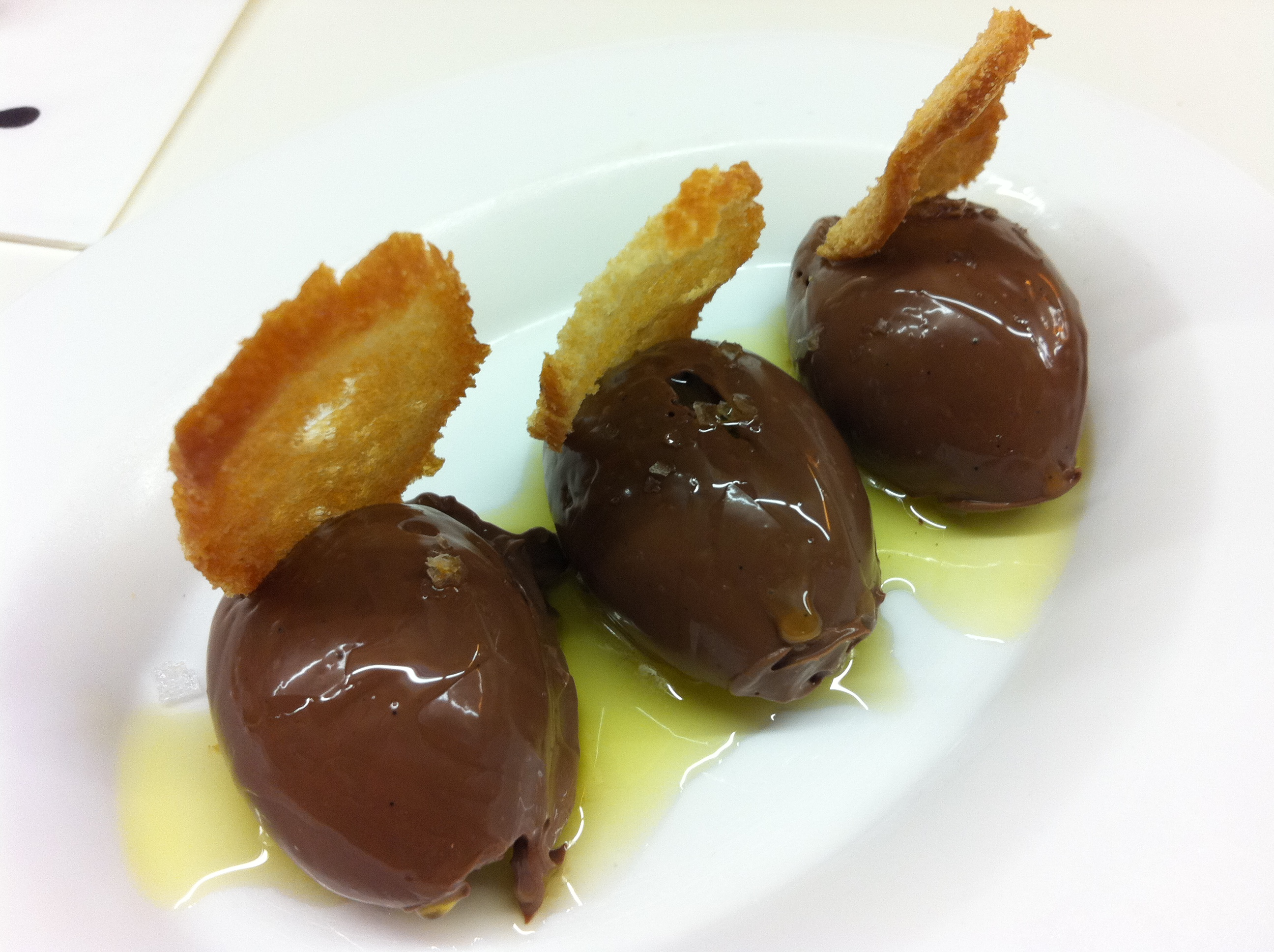Tapas24 barcelona thelittleloaf chocolatemoussewitholiveoil salted chocolate mousse with olive oil sciox Gallery