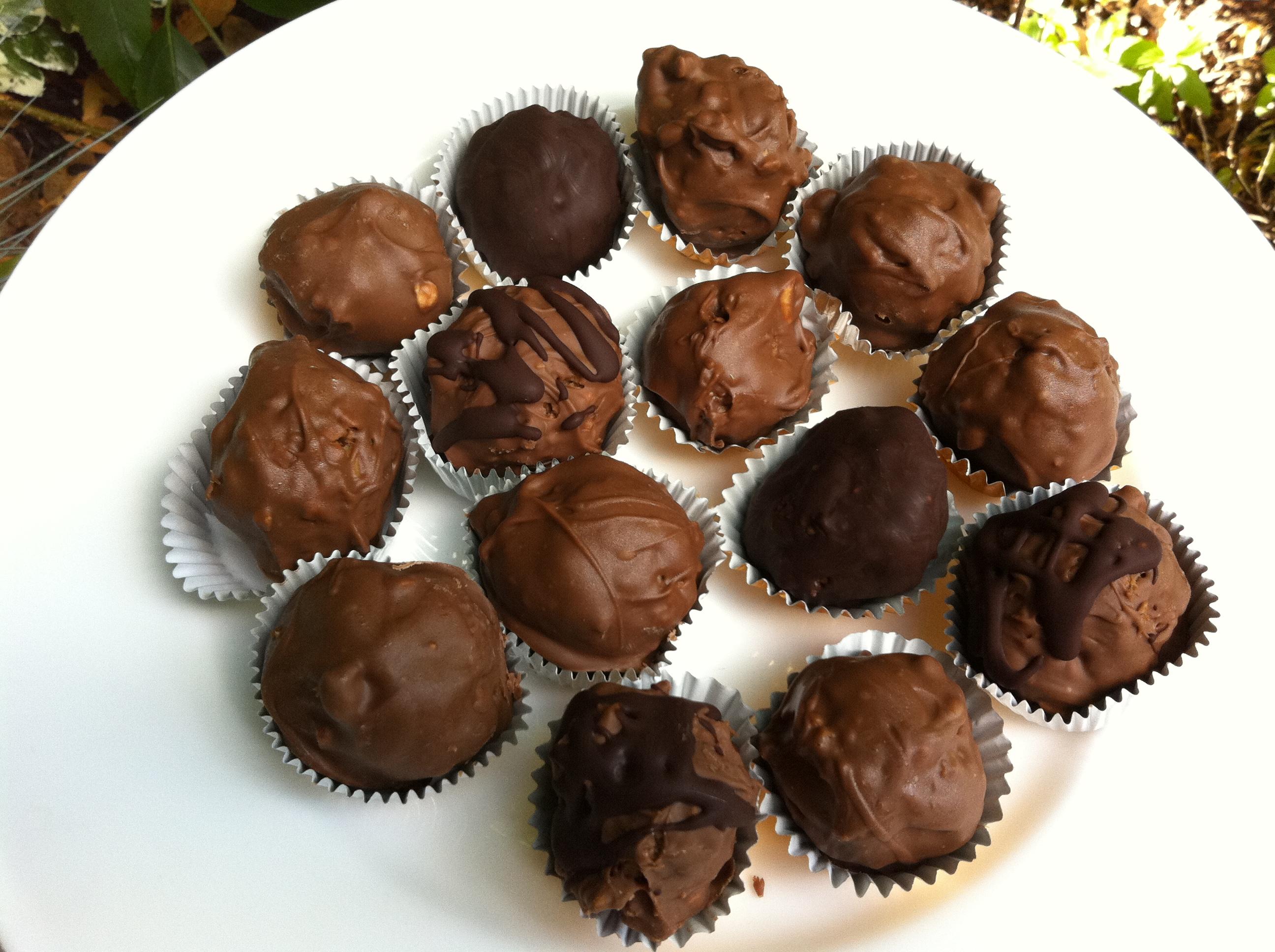 Homemade Ferrero Rocher - thelittleloaf
