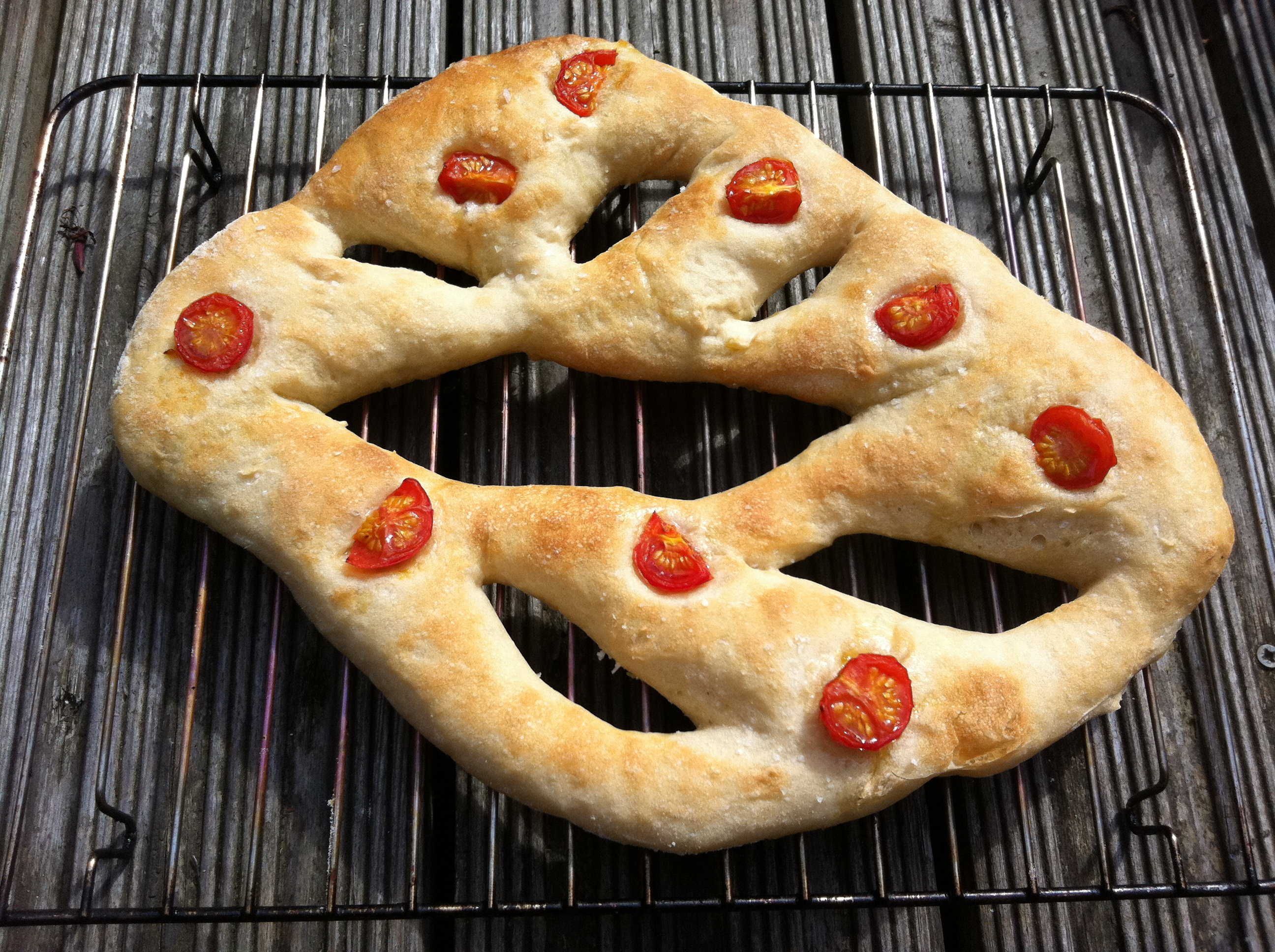 oven_dried_tomato_fougasse