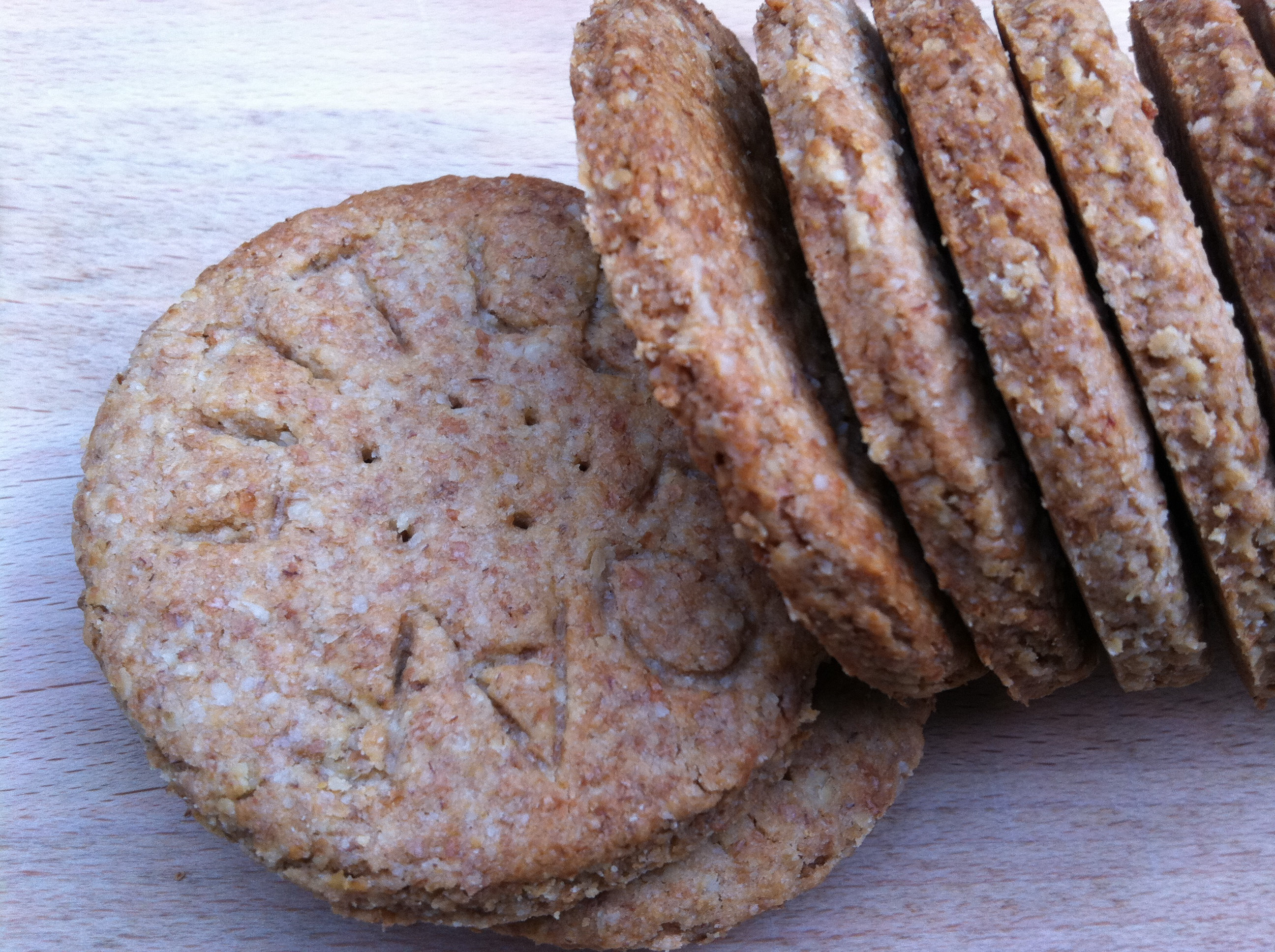 Homemade Wholemeal Digestive Biscuits