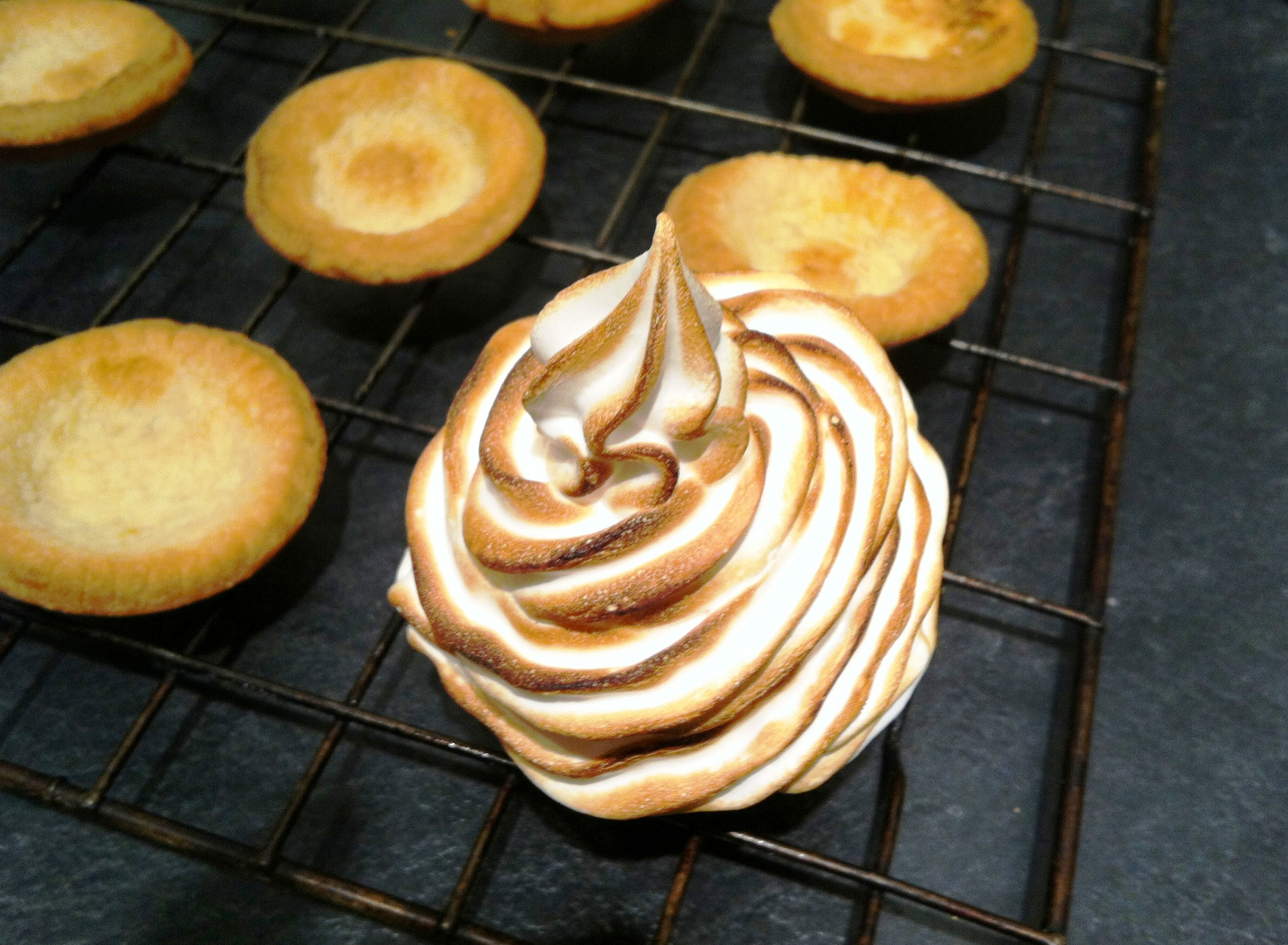 Baked Alaska Mince Pies - thelittleloaf