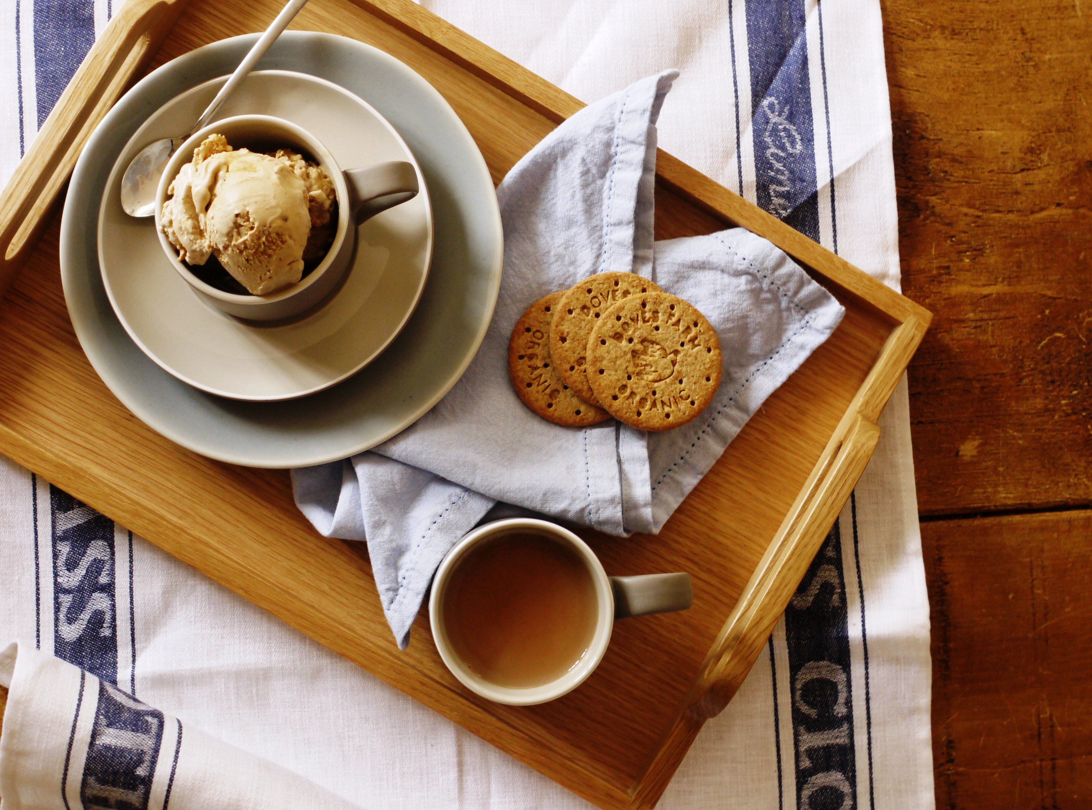 Tea & Biscuit Ice Cream with a Salty Caramel Swirl - thelittleloaf