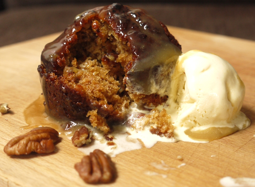 Cider Pecan Cakes With Cinnamon Ice Cream