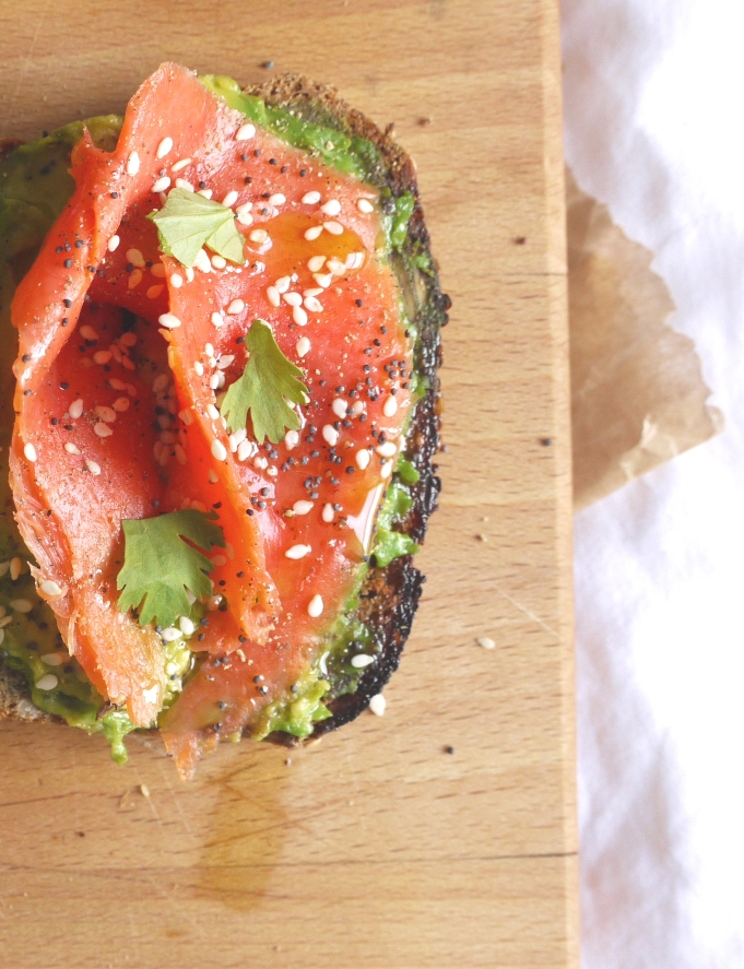 Seeded rye smoked salmon