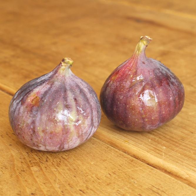Roasted Figs with Amaretti Mascarpone