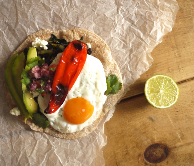 Black bean breakfast flatbread