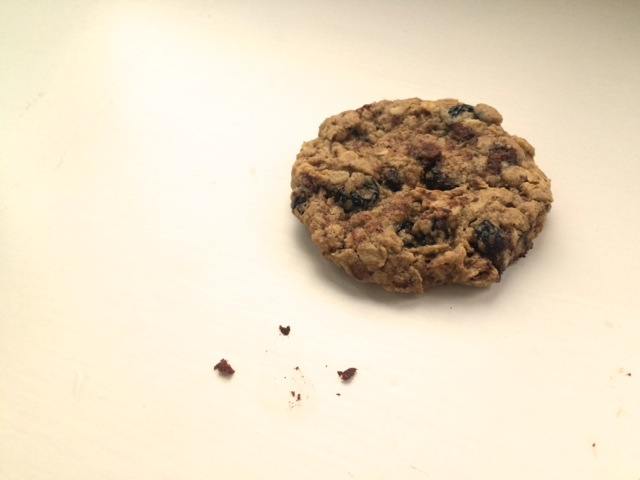 Peanut butter blueberry oatmeal cookies