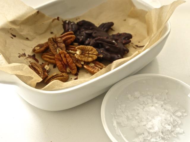 Chocolate pecans for ice cream pie