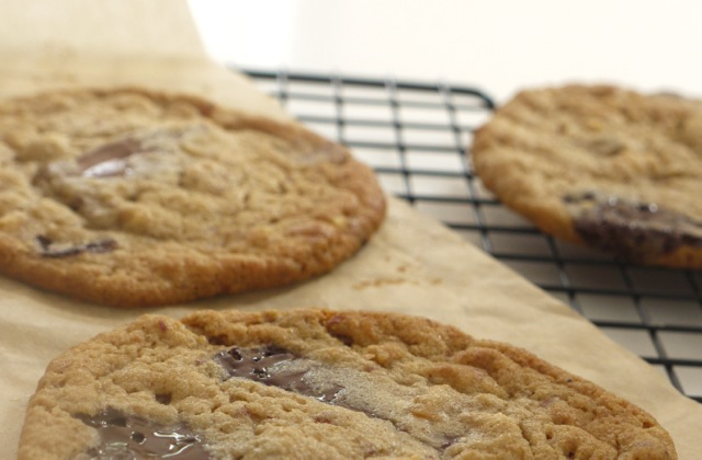 Wholemeal Peanut Butter Chocolate Chunk Cookies