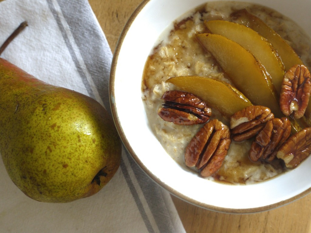 Chai spiced porridge with mapled pears & pecans