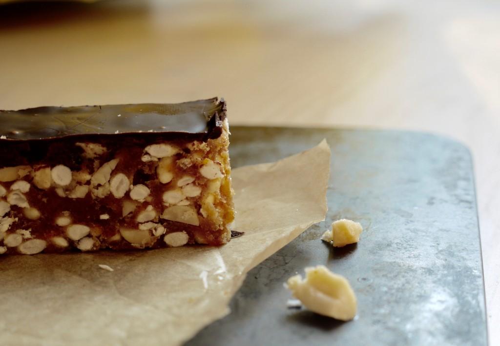Healthy 'Snickers' Crisp Rice Slice - 2