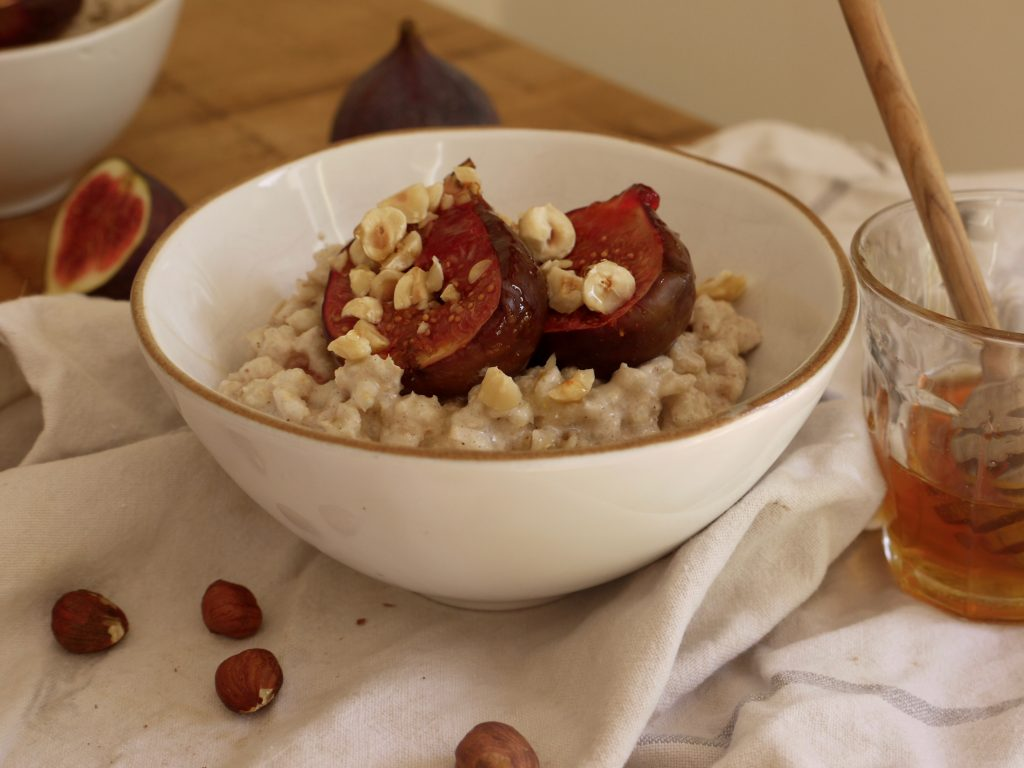 barley-breakfast-bowls_kate-doran-1