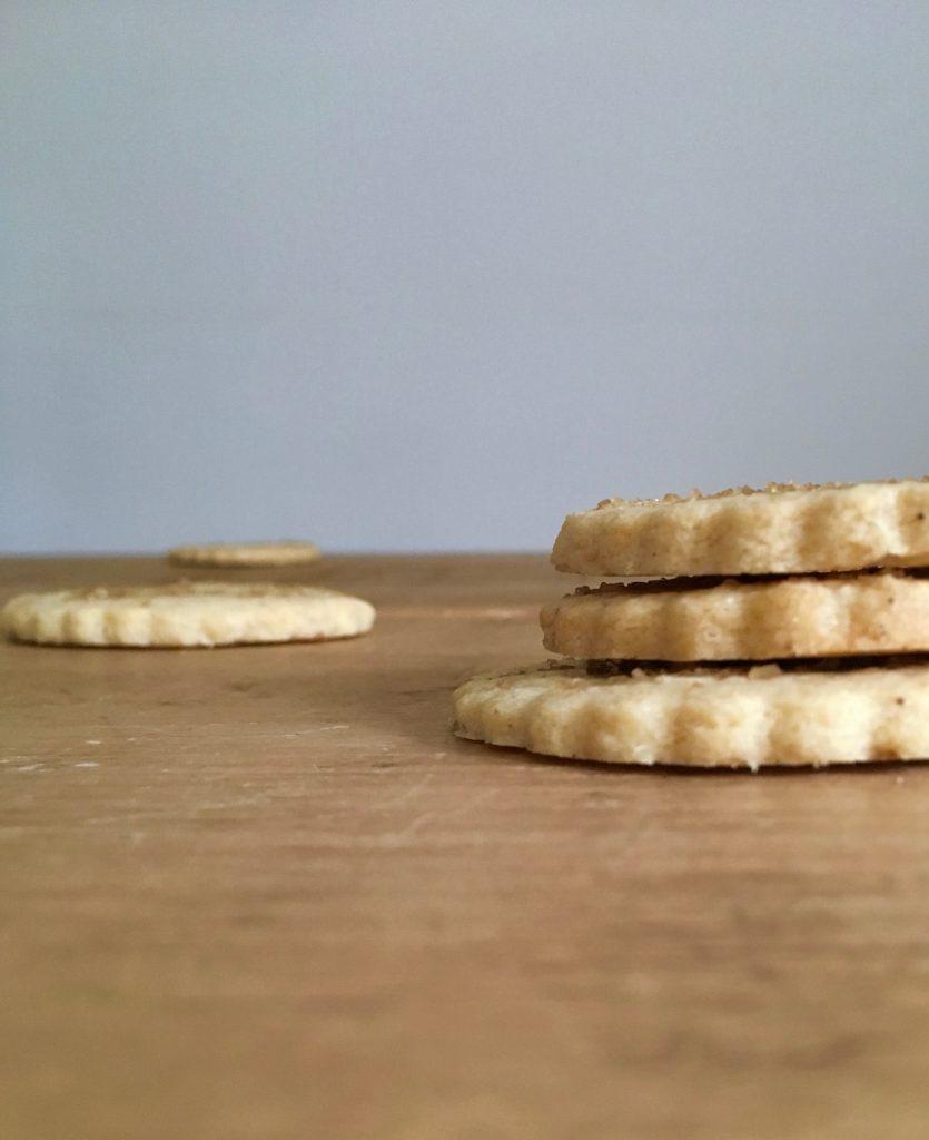 Vanilla Snap Biscuits - 4