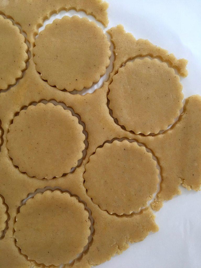 Vanilla Snap Biscuits - 5