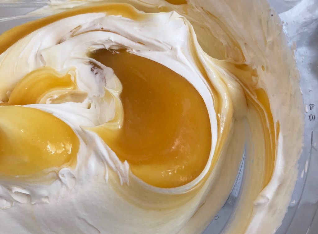 Lemon curd cream